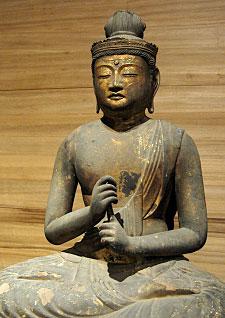 Statue of Buddha Shakyamuni